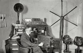 Old Radio_Old Studio