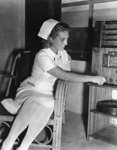 Old Radio - Nurse